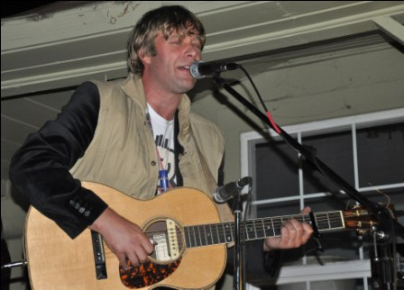 Nathan Moore plays Hippy Fiasco in Sebastopol; photo by Greg Keidan