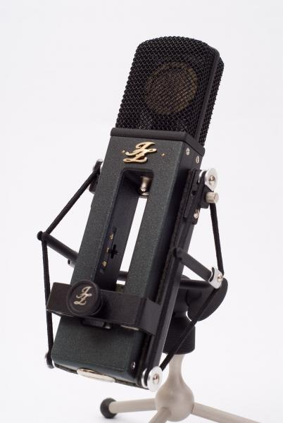 JZ Black Hole 3 shockmount